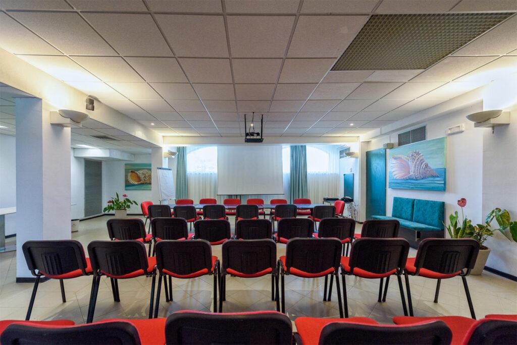 www.acaciamarina.com - Sale Meeting e Incentive - sala vista frontale